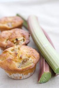 Opskrift på jordbær / rabarbar muffins
